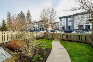 """Photo 2: 26 2738 158 Street in Surrey: Grandview Surrey Townhouse for sale in """"CATHEDRAL GROVE"""" (South Surrey White Rock)  : MLS®# R2442123"""