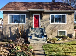 Main Photo: 2487 TURNER Street in Vancouver: Renfrew VE House for sale (Vancouver East)  : MLS®# R2351525