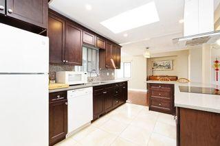 Photo 8: 709 QUADLING Avenue in Coquitlam: Coquitlam West House for sale : MLS®# R2577078