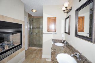 Photo 15: 2040 50 Avenue SW in Calgary: Altadore Semi Detached for sale : MLS®# A1100179