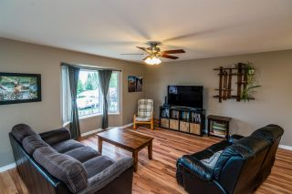 """Photo 2: 6127 BERGER Place in Prince George: Hart Highlands House for sale in """"Hart Highlands"""" (PG City North (Zone 73))  : MLS®# R2403560"""