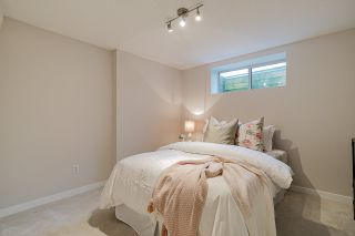 """Photo 17: 26 2738 158 Street in Surrey: Grandview Surrey Townhouse for sale in """"CATHEDRAL GROVE"""" (South Surrey White Rock)  : MLS®# R2442123"""