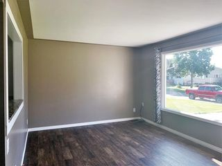 Photo 13: 132 Bossons Avenue in Dauphin: Northeast Residential for sale (R30 - Dauphin and Area)  : MLS®# 202121283