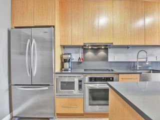 """Photo 9: 369 250 E 6TH Avenue in Vancouver: Mount Pleasant VE Condo for sale in """"District"""" (Vancouver East)  : MLS®# R2578210"""