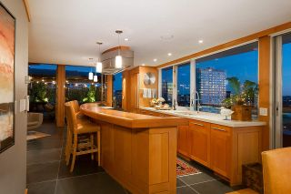 """Photo 9: 2001 1835 MORTON Avenue in Vancouver: West End VW Condo for sale in """"Ocean Towers"""" (Vancouver West)  : MLS®# R2585366"""