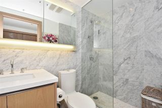 "Photo 11: 710 68 SMITHE Street in Vancouver: Downtown VW Condo for sale in ""ONE PACIFIC"" (Vancouver West)  : MLS®# R2403870"