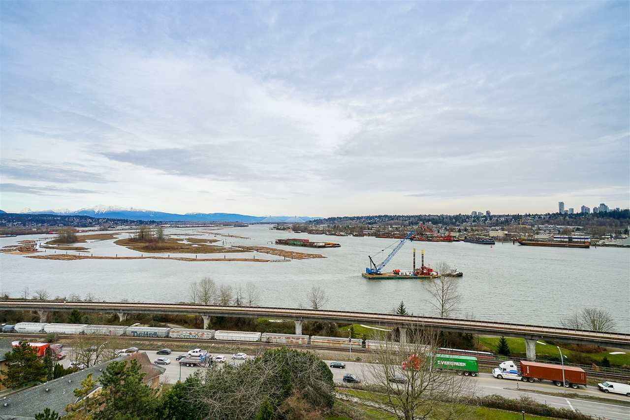 """Main Photo: 1102 69 JAMIESON Court in New Westminster: Fraserview NW Condo for sale in """"Palace Quay"""" : MLS®# R2562203"""