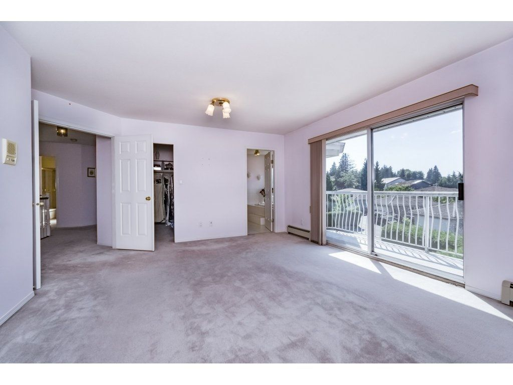 Photo 11: Photos: 7135 4TH Street in Burnaby: Burnaby Lake House for sale (Burnaby South)  : MLS®# R2184143