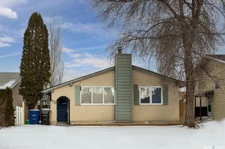 Photo 1: 1617 Bradwell Avenue in Saskatoon: Forest Grove Residential for sale : MLS®# SK846491