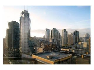 "Photo 2: 709 1212 HOWE Street in Vancouver: Downtown VW Condo for sale in ""1212 HOWE"" (Vancouver West)  : MLS®# V931827"