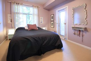 """Photo 13: 105 285 ROSS Drive in New Westminster: Fraserview NW Condo for sale in """"THE GROVE AT VICTORIA HILL"""" : MLS®# R2161578"""