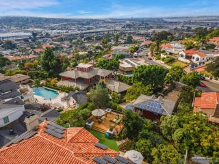 Photo 57: MISSION HILLS House for sale : 5 bedrooms : 4240 Arista Street in San Diego