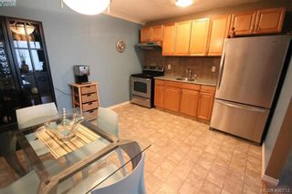 Photo 2: 226 3225 Eldon Pl in VICTORIA: SW Rudd Park Condo for sale (Saanich West)  : MLS®# 799568