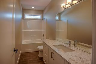 Photo 10: 2752 Beachmount Crescent in Kamloops: Westsyde House for sale : MLS®# 131737