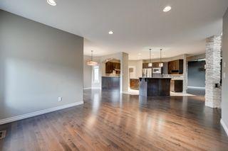 Photo 8: 6161 MAYNARD Crescent in Edmonton: Zone 14 House for sale : MLS®# E4259814