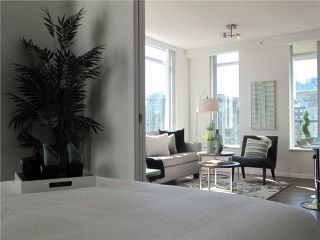"""Photo 5: 1807 1001 HOMER Street in Vancouver: Yaletown Condo for sale in """"The Bentley"""" (Vancouver West)  : MLS®# V1076353"""