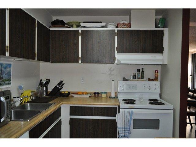"Photo 9: Photos: 2102 3771 BARTLETT Court in Burnaby: Sullivan Heights Condo for sale in ""SULLIVAN HEIGHTS"" (Burnaby North)  : MLS®# V1059980"