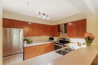 """Photo 11: 206 1009 HOWAY Street in New Westminster: Uptown NW Condo for sale in """"HUNTINGTON WEST"""" : MLS®# R2622997"""