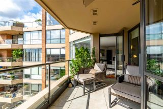 """Photo 16: 704 1450 PENNYFARTHING Drive in Vancouver: False Creek Condo for sale in """"HARBOUR COVE"""" (Vancouver West)  : MLS®# R2571862"""