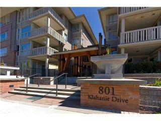 Photo 2: 304 801 KLAHANIE Drive in Port Moody: Port Moody Centre Condo for sale : MLS®# V980794