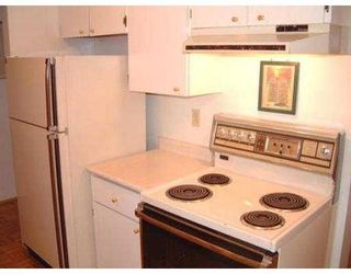 """Photo 8: 207 45 4TH ST in New Westminster: Downtown NW Condo for sale in """"DORCHESTER"""" : MLS®# V541296"""