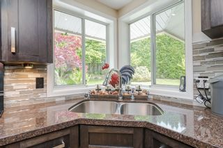 """Photo 16: 34661 WALKER Crescent in Abbotsford: Abbotsford East House for sale in """"Skyline"""" : MLS®# R2369860"""