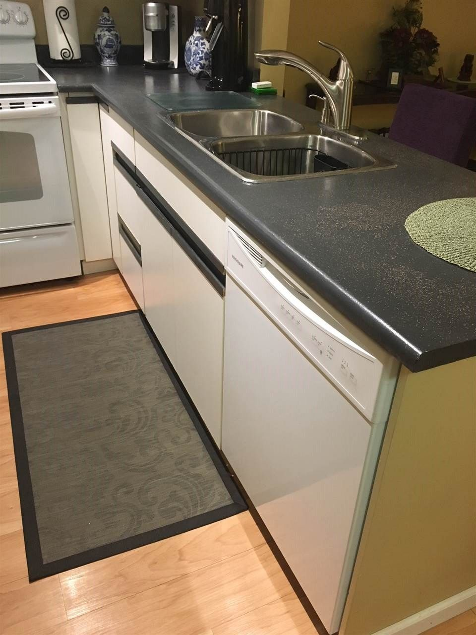 "Photo 6: Photos: 202 20561 113 Avenue in Maple Ridge: Southwest Maple Ridge Condo for sale in ""WARESLY PLACE"" : MLS®# R2229182"