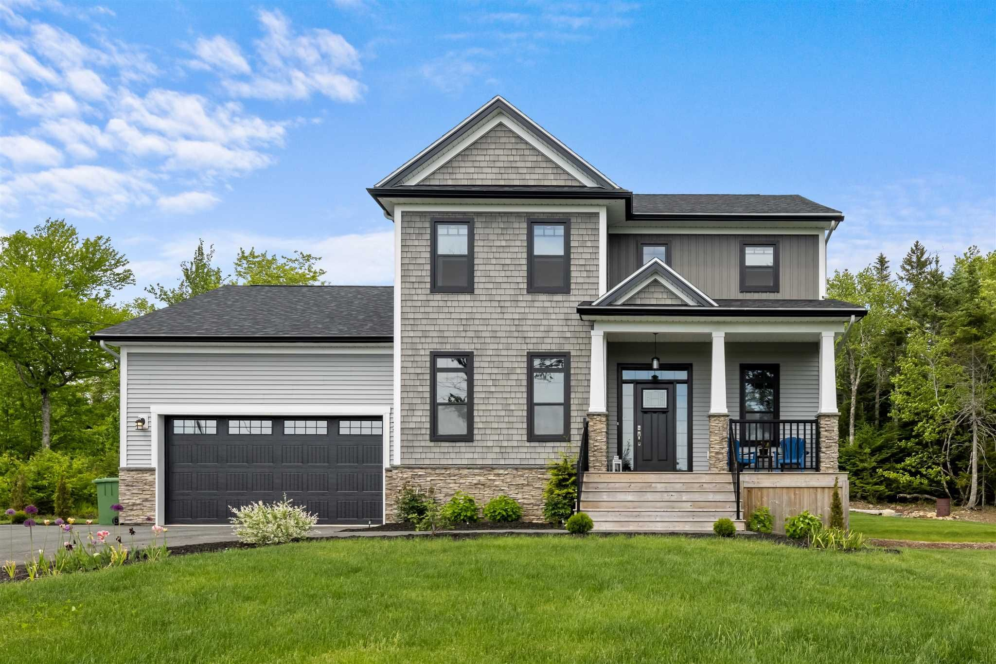 Main Photo: 475 McCabe Lake Drive in Middle Sackville: 25-Sackville Residential for sale (Halifax-Dartmouth)  : MLS®# 202114302