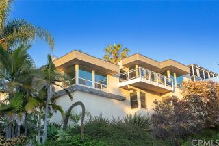 Photo 2: 124 E Avenida Cornelio in San Clemente: Residential for sale (SE - San Clemente Southeast)  : MLS®# OC19078612