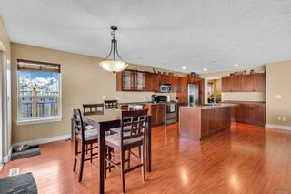 Photo 9: 687 Olympic Dr in : CV Comox (Town of) House for sale (Comox Valley)  : MLS®# 876275