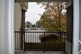 """Photo 10: 125 9655 KING GEORGE Boulevard in Surrey: Whalley Condo for sale in """"GRUV"""" (North Surrey)  : MLS®# R2176425"""