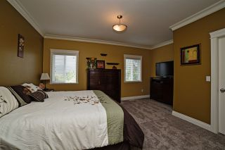 Photo 9: 8550 DOERKSEN Drive in Mission: Mission BC House for sale : MLS®# R2084390