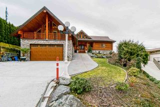 Photo 3: 7237 MARBLE HILL Road in Chilliwack: Eastern Hillsides House for sale : MLS®# R2574051