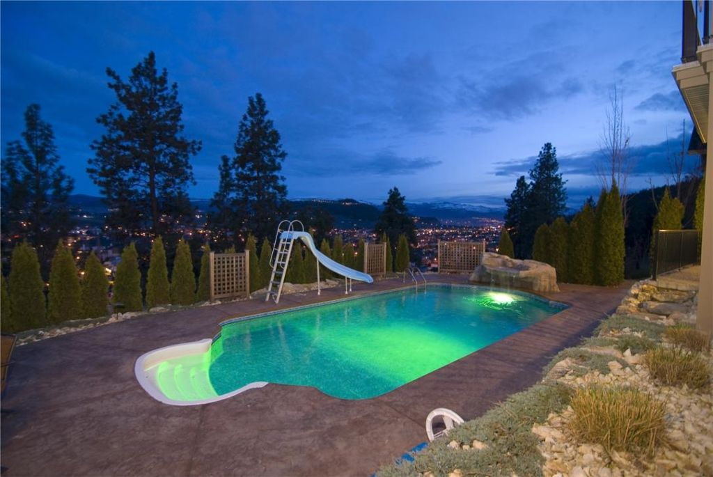 Main Photo: 177 Terrace Hill Place in Kelowna: Other for sale (North Glenmore)  : MLS®# 10003552