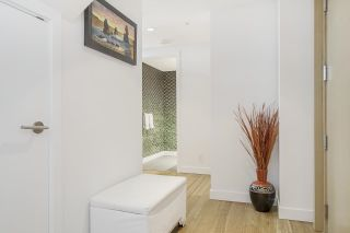 """Photo 7: PH7 777 RICHARDS Street in Vancouver: Downtown VW Condo for sale in """"TELUS GARDEN"""" (Vancouver West)  : MLS®# R2621285"""