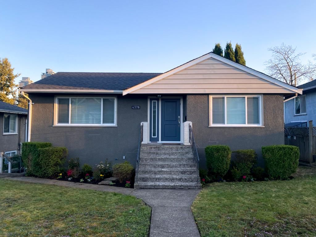 Main Photo: 4378 WILLIAM STREET in Burnaby: Willingdon Heights House for sale (Burnaby North)  : MLS®# R2567900