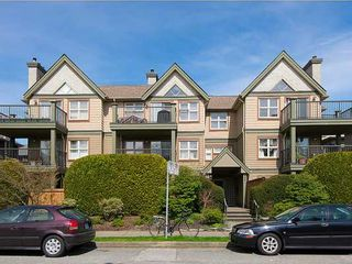 """Photo 1: 104 935 W 15TH Avenue in Vancouver: Fairview VW Condo for sale in """"THE EMPRESS"""" (Vancouver West)  : MLS®# V1059558"""