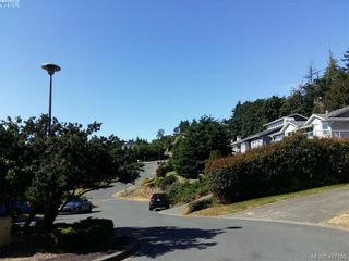 Photo 5: 676 Orca Pl in VICTORIA: Co Triangle Land for sale (Colwood)  : MLS®# 809184