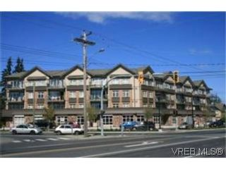 Photo 1: 302 2220 Sooke Rd in VICTORIA: Co Hatley Park Condo for sale (Colwood)  : MLS®# 482680