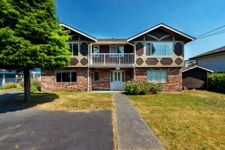 Photo 1: 671 BLUE MOUNTAIN Street in Coquitlam: Central Coquitlam House for sale : MLS®# R2598750