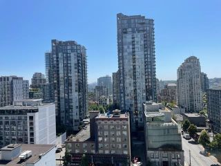 """Photo 17: 1406 1188 HOWE Street in Vancouver: Downtown VW Condo for sale in """"1188 HOWE"""" (Vancouver West)  : MLS®# R2600220"""