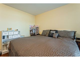 """Photo 15: 304 14824 NORTH BLUFF Road: White Rock Condo for sale in """"The BELAIRE"""" (South Surrey White Rock)  : MLS®# R2534399"""