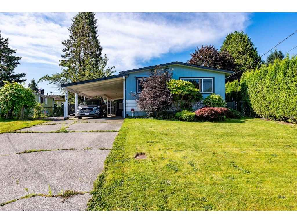 Main Photo: 31520 MONARCH Court in Abbotsford: Poplar Manufactured Home for sale : MLS®# R2478450