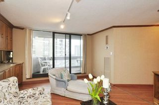 Photo 14: 2303 65 Skymark Drive in Toronto: Hillcrest Village Condo for sale (Toronto C15)  : MLS®# C4390948