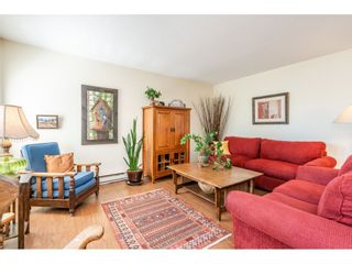 """Photo 10: 219 15991 THRIFT Avenue: White Rock Condo for sale in """"ARCADIAN"""" (South Surrey White Rock)  : MLS®# R2456477"""
