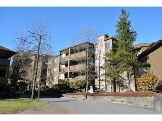 "Photo 1: 206 10698 151A Street in Surrey: Guildford Condo for sale in ""Lincoln's Hill"" (North Surrey)  : MLS®# F1441862"