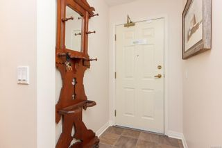 Photo 5: 106 1196 Sluggett Rd in : CS Brentwood Bay Condo for sale (Central Saanich)  : MLS®# 863140