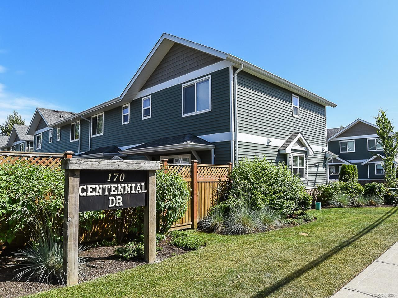 Main Photo: 108 170 CENTENNIAL DRIVE in COURTENAY: CV Courtenay East Row/Townhouse for sale (Comox Valley)  : MLS®# 820333