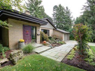 Photo 2: 9 Pheasant Lane in Toronto: Princess-Rosethorn Freehold for sale (Toronto W08)  : MLS®# W3627737