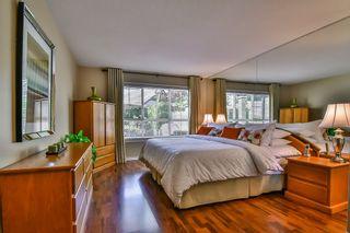 "Photo 11: 13 17917 68 Avenue in Surrey: Cloverdale BC Townhouse for sale in ""WEYBRIDGE LANE"" (Cloverdale)  : MLS®# R2170023"